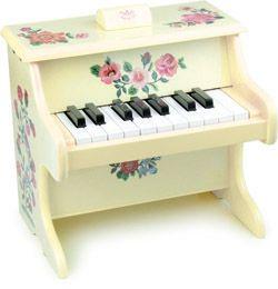 petit piano enfant en bois nathalie l t piano vilac chez bianca and family kids pinterest. Black Bedroom Furniture Sets. Home Design Ideas
