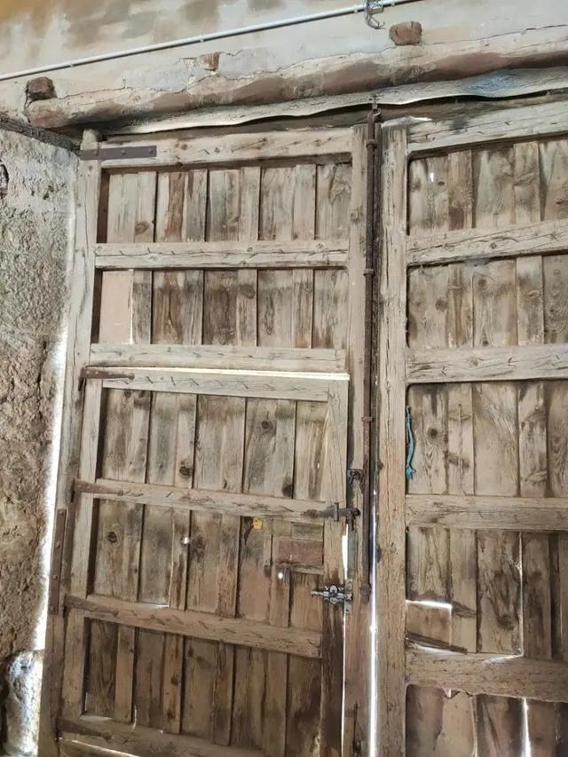Puerta Trasera Porton De Madera De Segunda Mano Por 900 En Valladolid En Wallapop In 2020