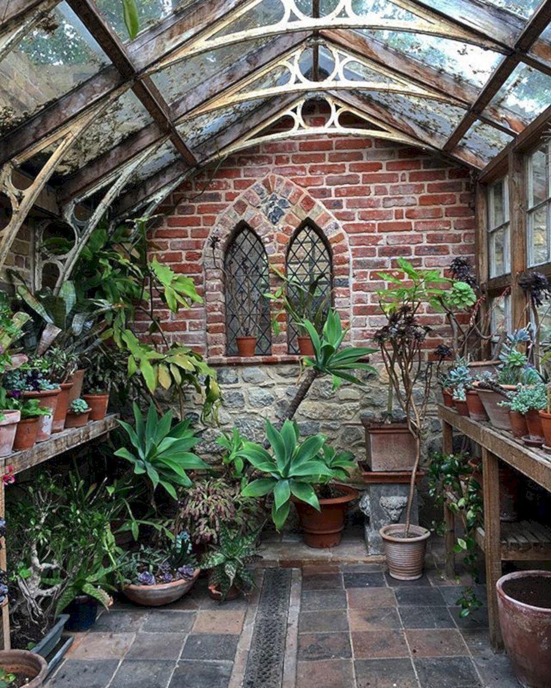 20+ Beautiful Greenhouse Indoor Plant Design Ideas