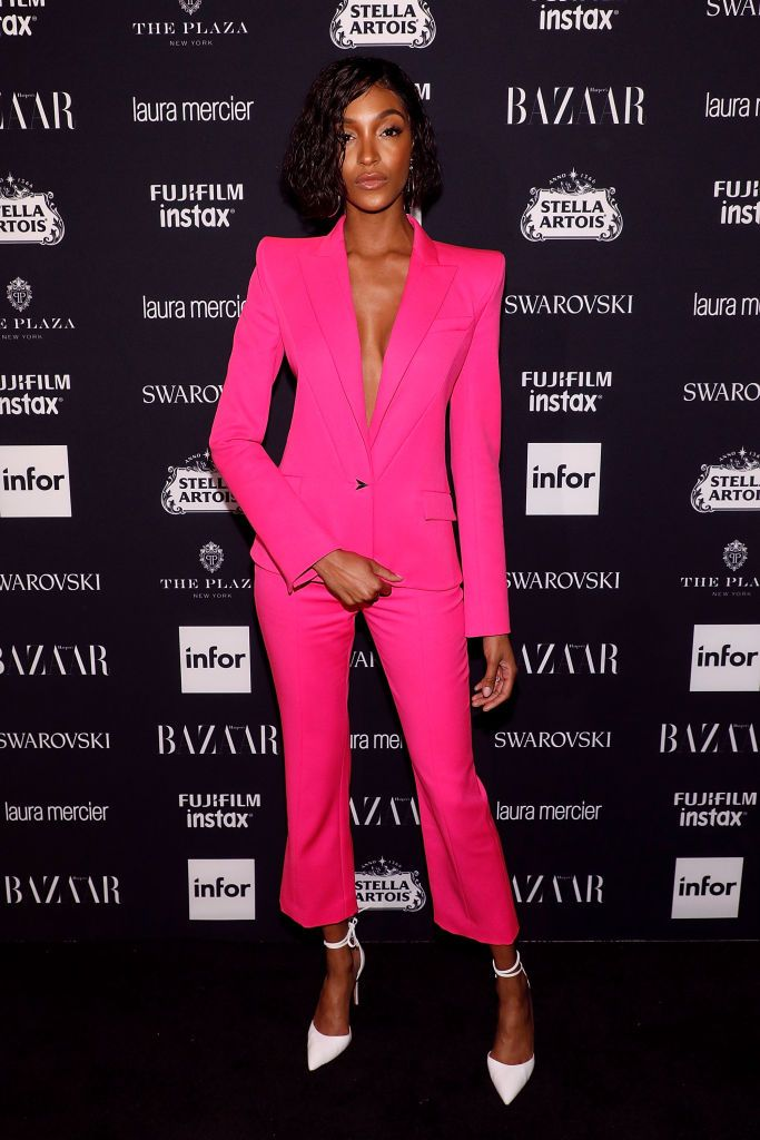 Harper\'s Bazaar Icons 2017 | La invitada, Pasarela y Rojo