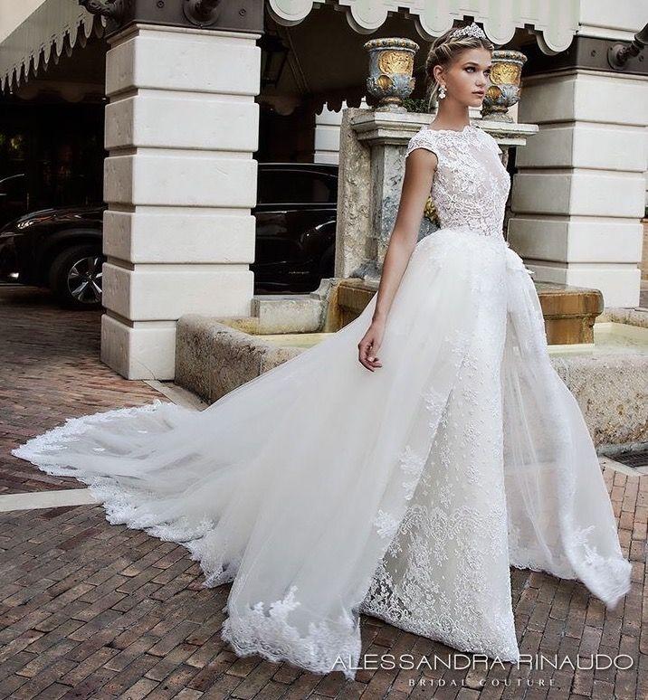 Pin by Ri W. on WEDDING DRESSES | Pinterest | Wedding dress and Weddings