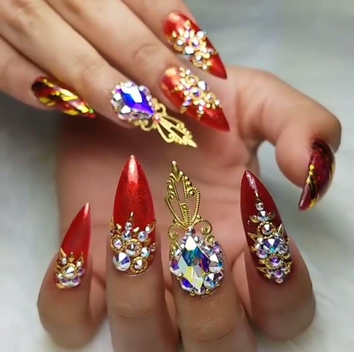 Pin von Amerisha Beauty | Blogger | Beauty Influencer | Makeup Hair ...