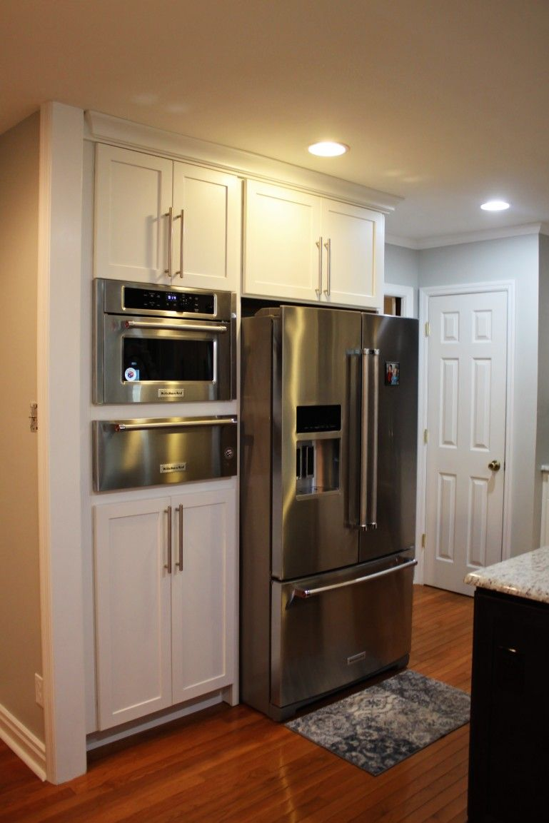Patrick Keck Has A Very Happy Customer With A Beautiful New Kitchen Homecrest Sedona Maple Alpine Perimeter With Buckb Kitchen Sale Homecrest Cabinets Kitchen