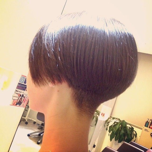 buzzed nape short hair