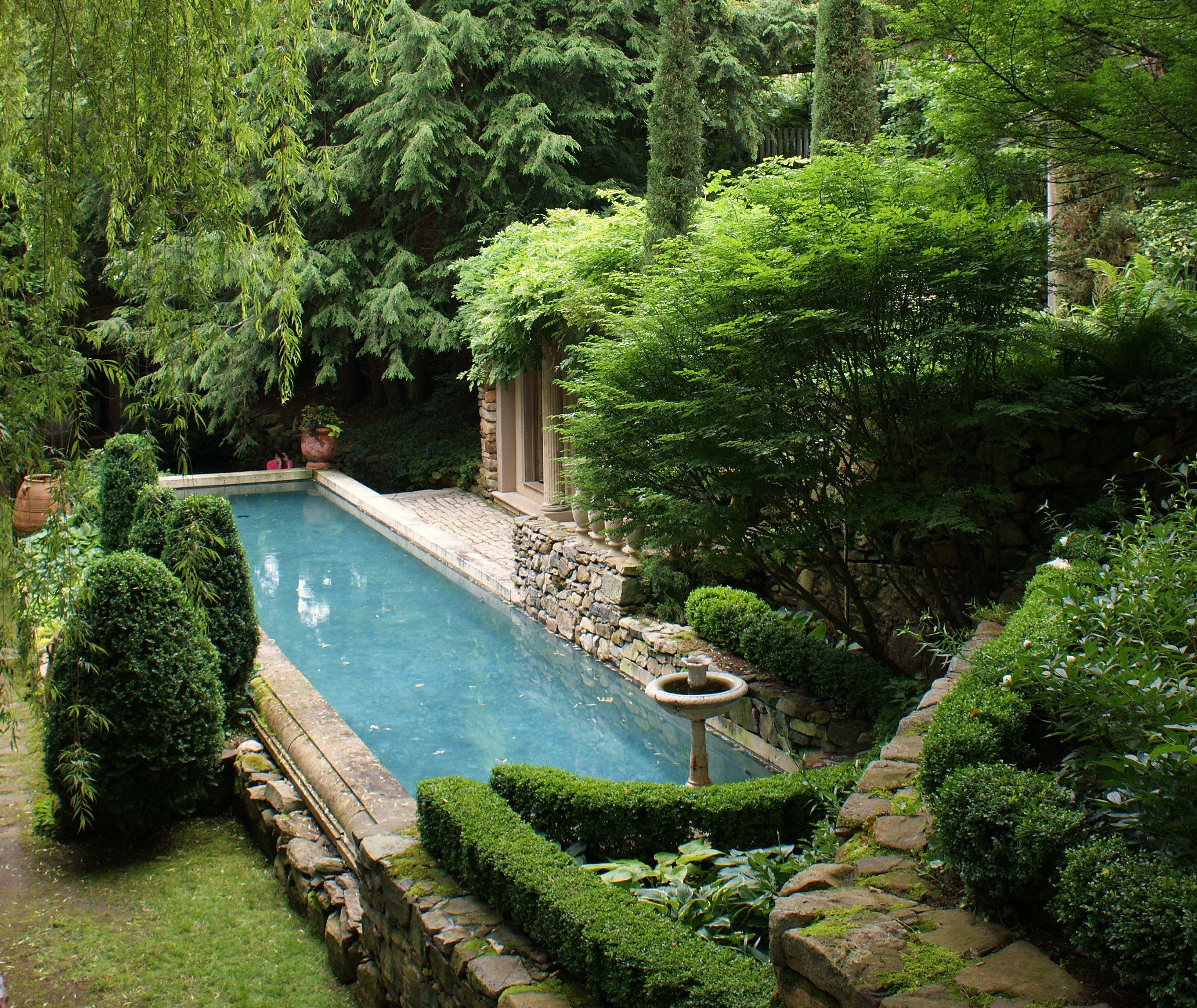 Michael trapp garden secret garden pinterest piscinas for Piscina jardin secreto