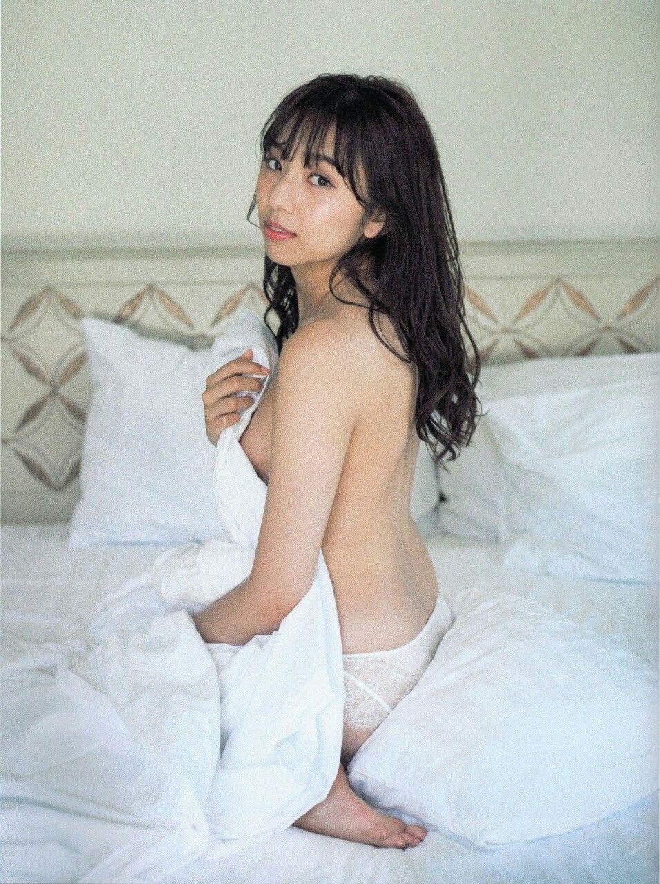 「新内眞衣 尻」の画像検索結果