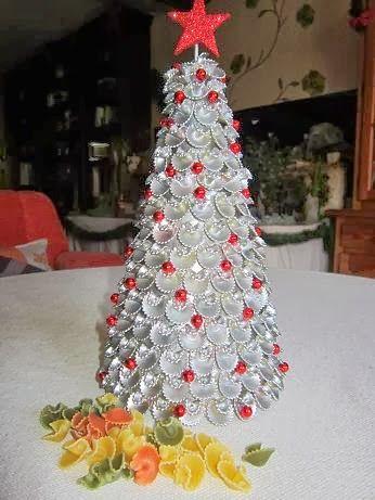 Arbolitos de navidad con pasta de comer buscar con - Buscar manualidades de navidad ...
