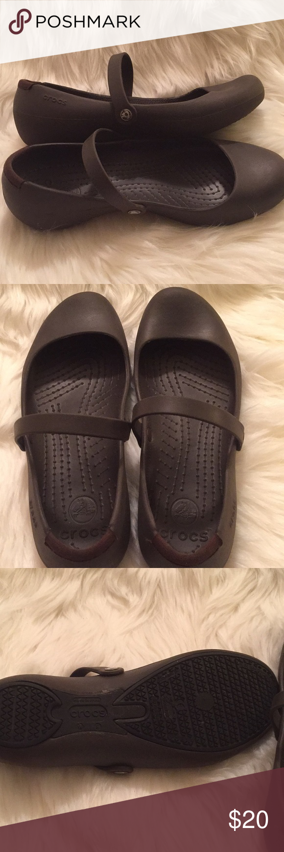 d0b9c4c5647e41 Croc Alice Walk Flat Beautiful flat from Crocs in the color brown. Size W   9. Crossover strap and comfortable. In excellent condition inside and  outside.