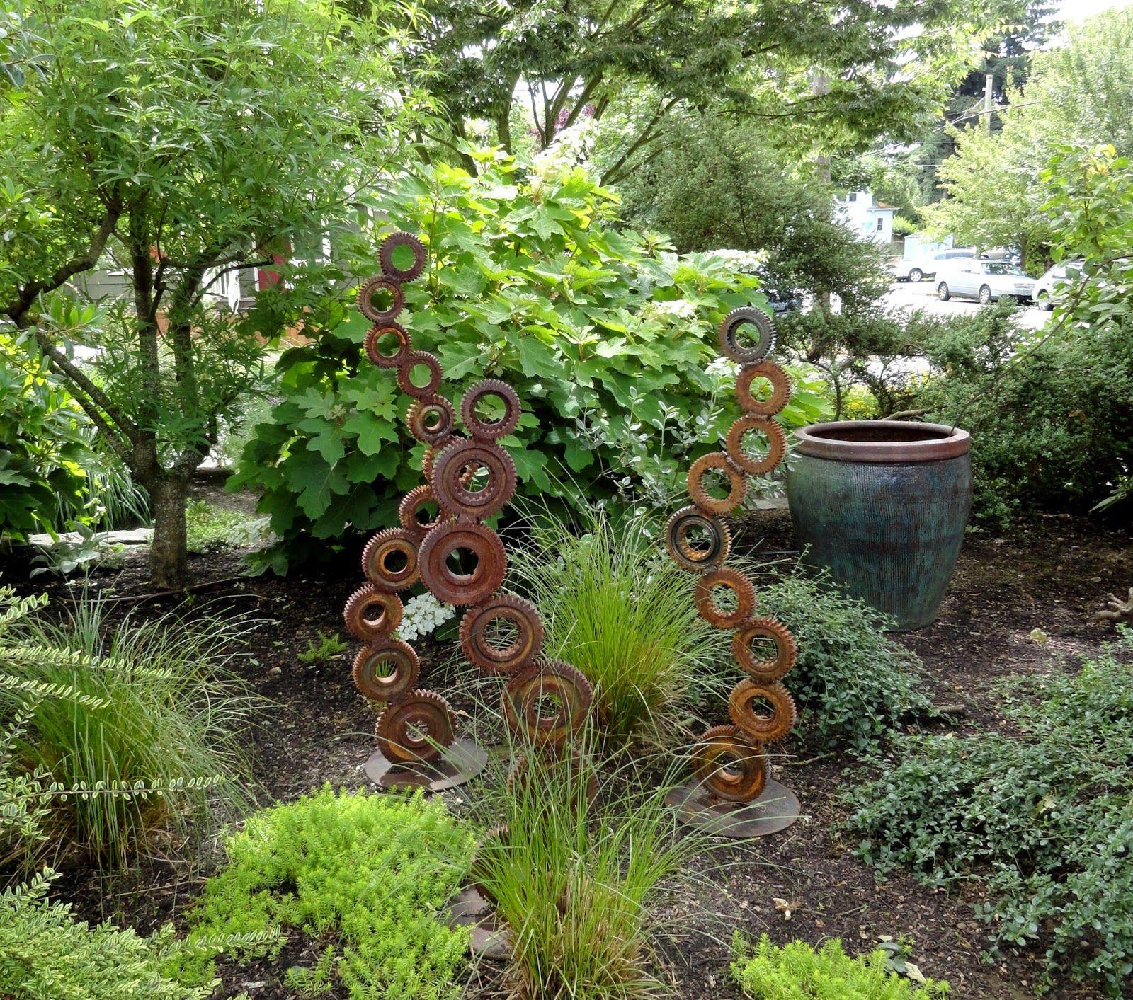danger garden: The Ferrante Garden, our last garden from the 2014 Portland Garden Conservancy Tour