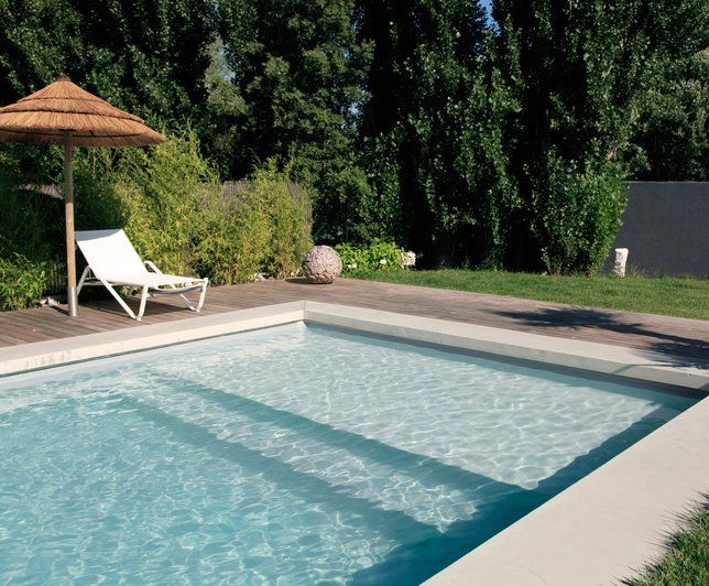 25 best ideas about liner pour piscine on pinterest for Liner piscine hexagonale bois