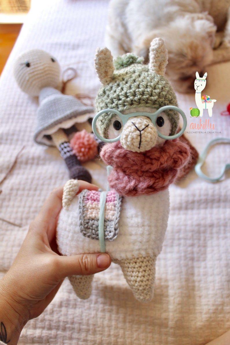Hipster Llama Crochet Pattern