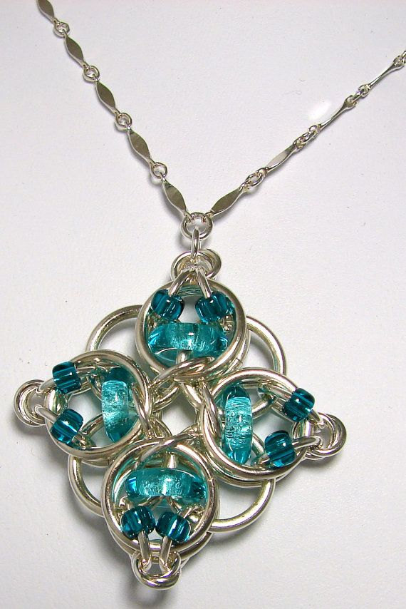 celtic diamond with beads_OMG just have to learn how to make this ...