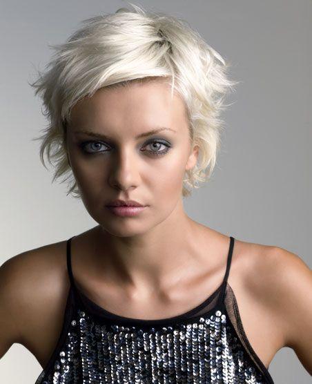 Idée coupe courte : Lisa Shepherd 2003   to-do hair idea? #fashion2015