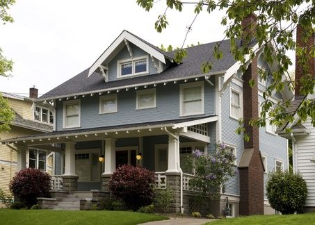 The Craftsman Originated In Southern California In The Early Twentieth Century And Quickly Became Ver Home Architecture Styles Craftsman House Craftsman Porch