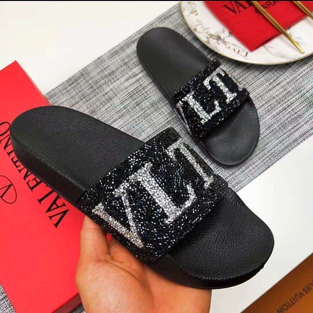 85345df2df3 VALENTINO GARAVANIS  realmrvalentino LOGO AND CRYSTAL EMBELLISHED RUBBER  SLIDES ARRIVE NEXT WEEK FOR A FRACTION OF THE  945 PRICE TAG SIGN UP ON OUR  SITE ...