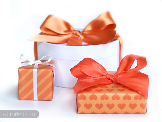 How to tie a gift bow tutorial