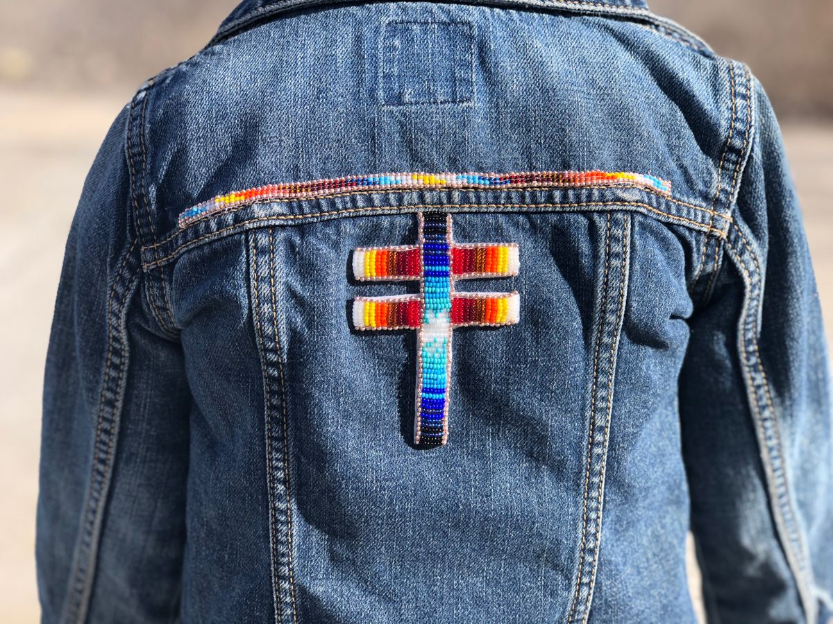 Native American Beaded Jacket Beaded Jacket Native American Beading Beaded Dragonfly [ 900 x 1200 Pixel ]