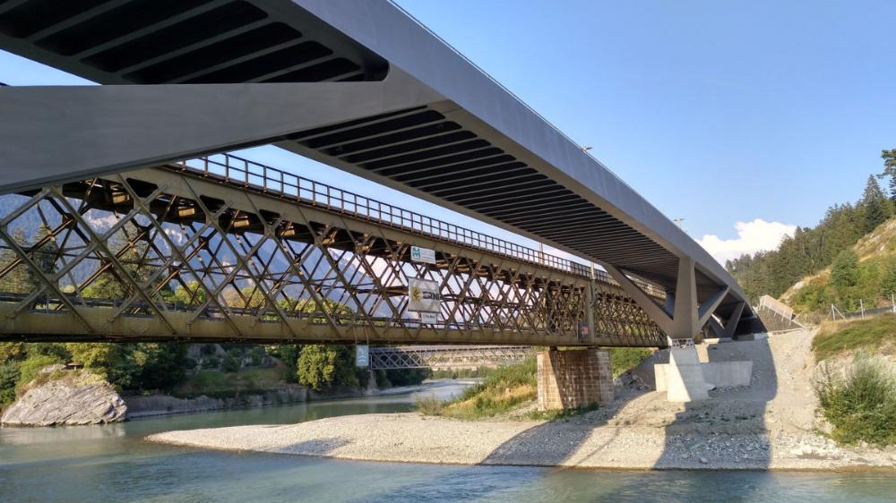Zweite Hinterrheinbrücke is designed for the landscape and ...