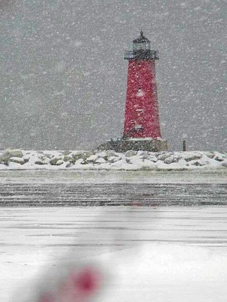Manistique lighthouse