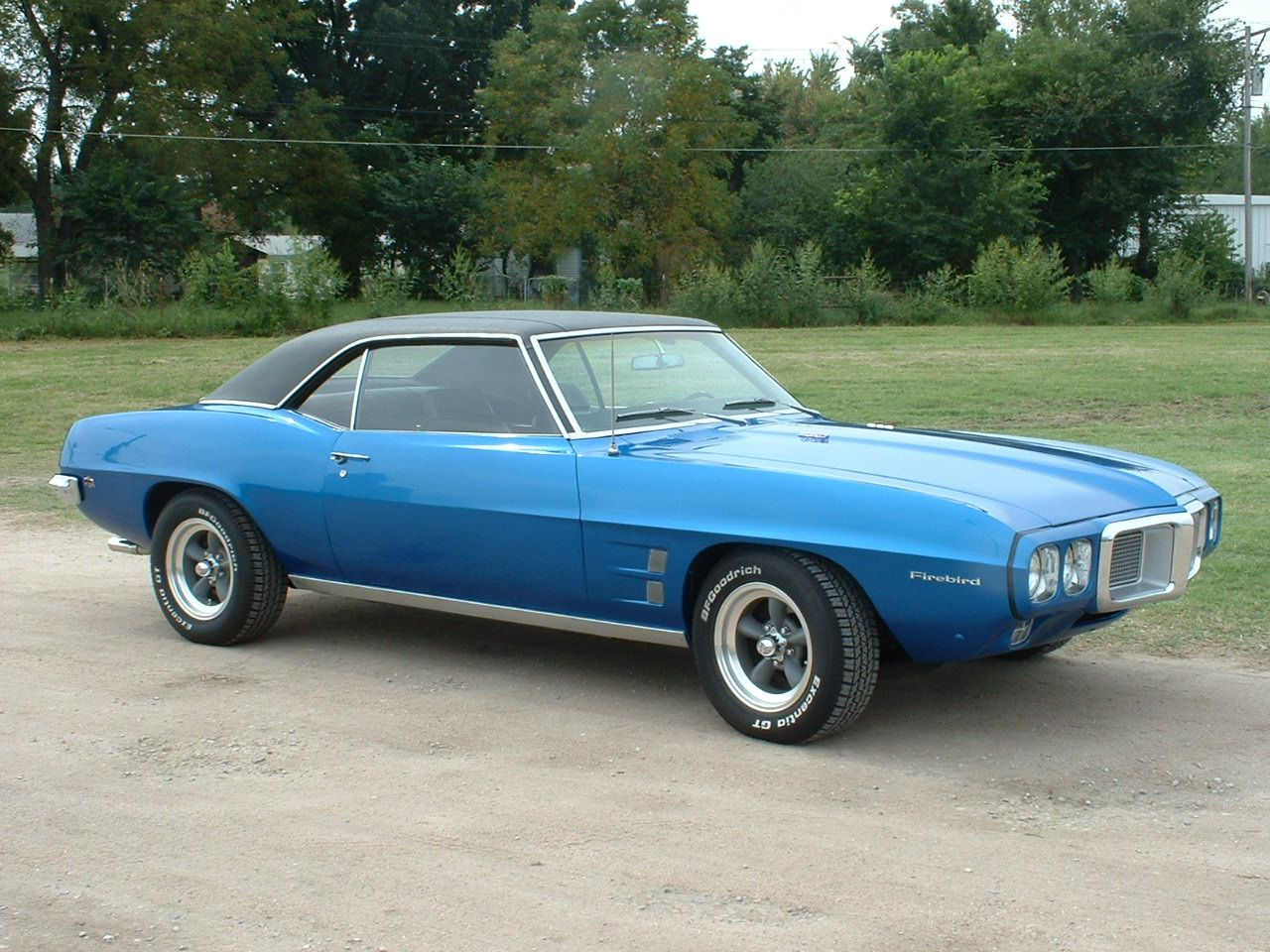 69 firebird this is exactly what mine looked like black vinyl top and