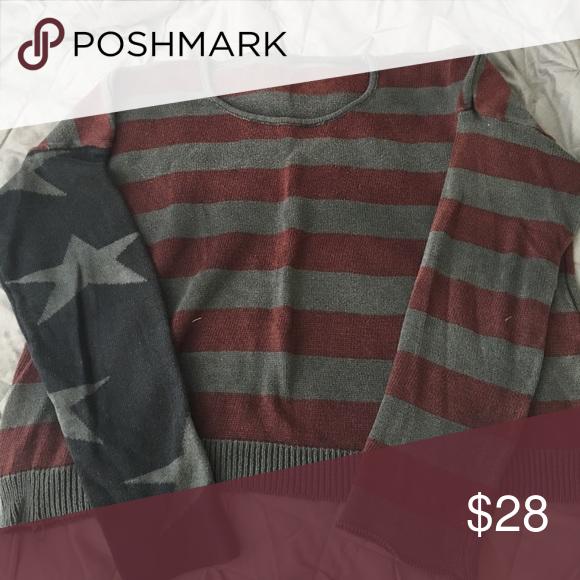 Brandy Melville stars & stripe sweater American flag sweater from Brandy Melville. Good condition. Brandy Melville Sweaters Crew & Scoop Necks