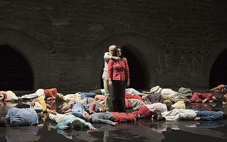 Romeo Castellucci. Inferno. Abstract movement for killing.