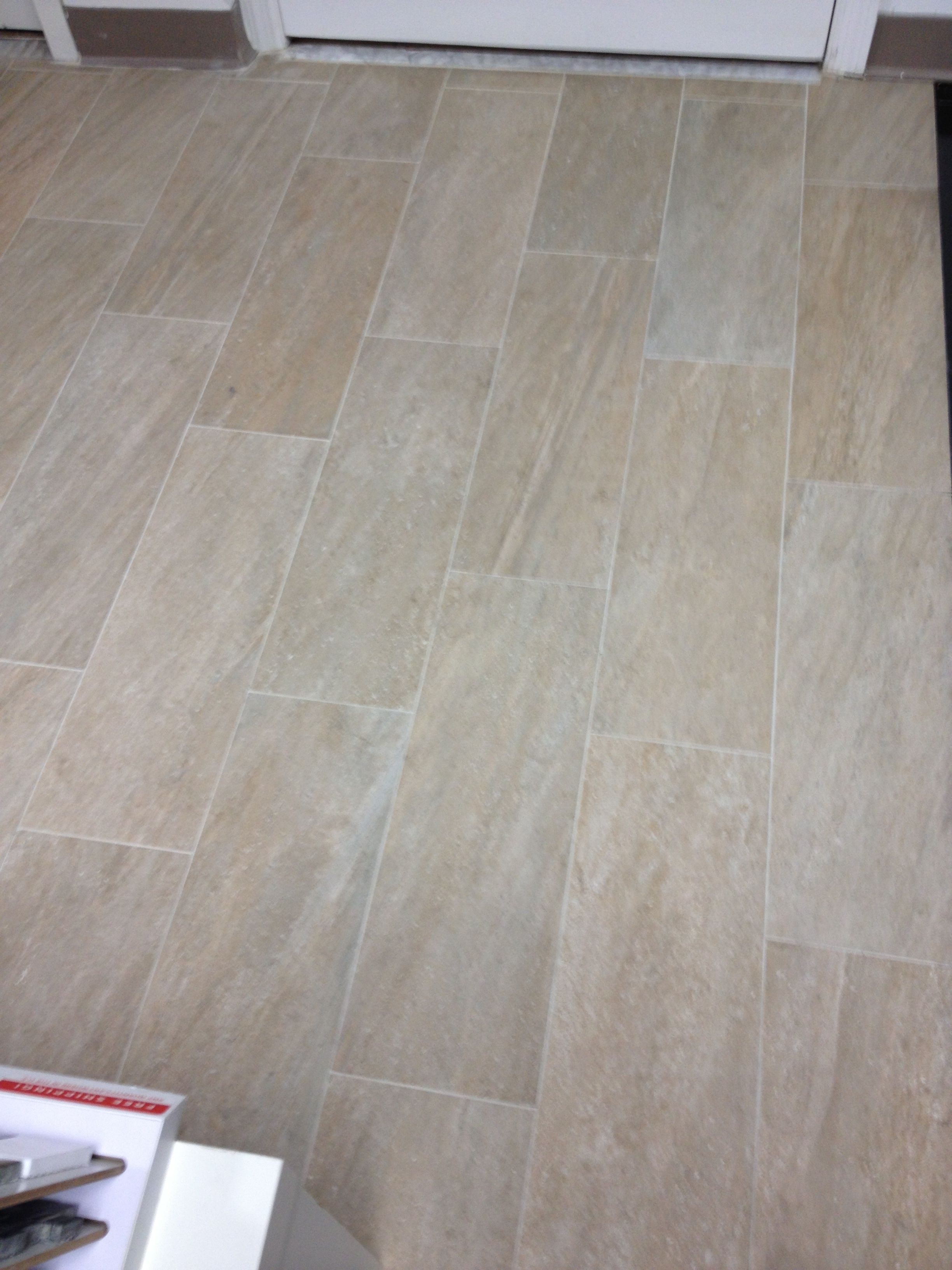floor tile with minimal grout lines