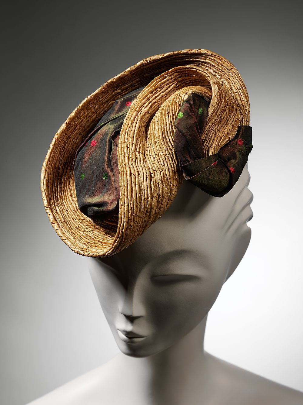 Percher-style hat  Marshall   Snelgrove Straw trimmed with shot silk  1937-1939 London 0f98febb5413
