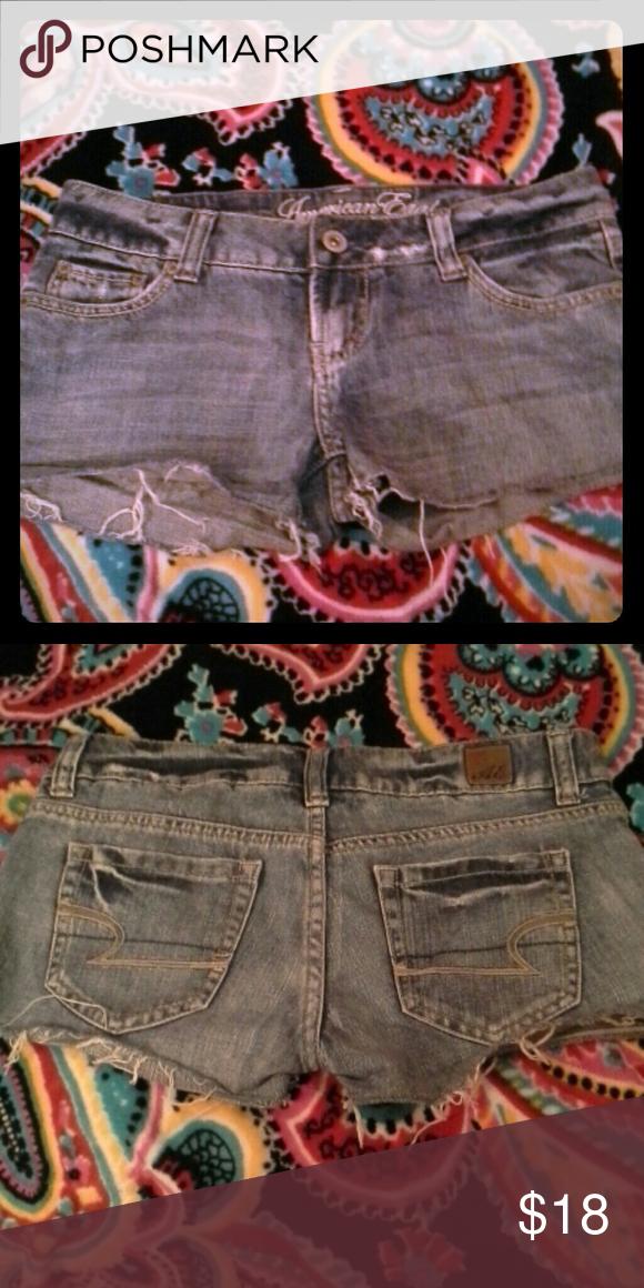 American Eagle Cut Off Shorts Medium wash shorts American Eagle Outfitters Shorts Jean Shorts