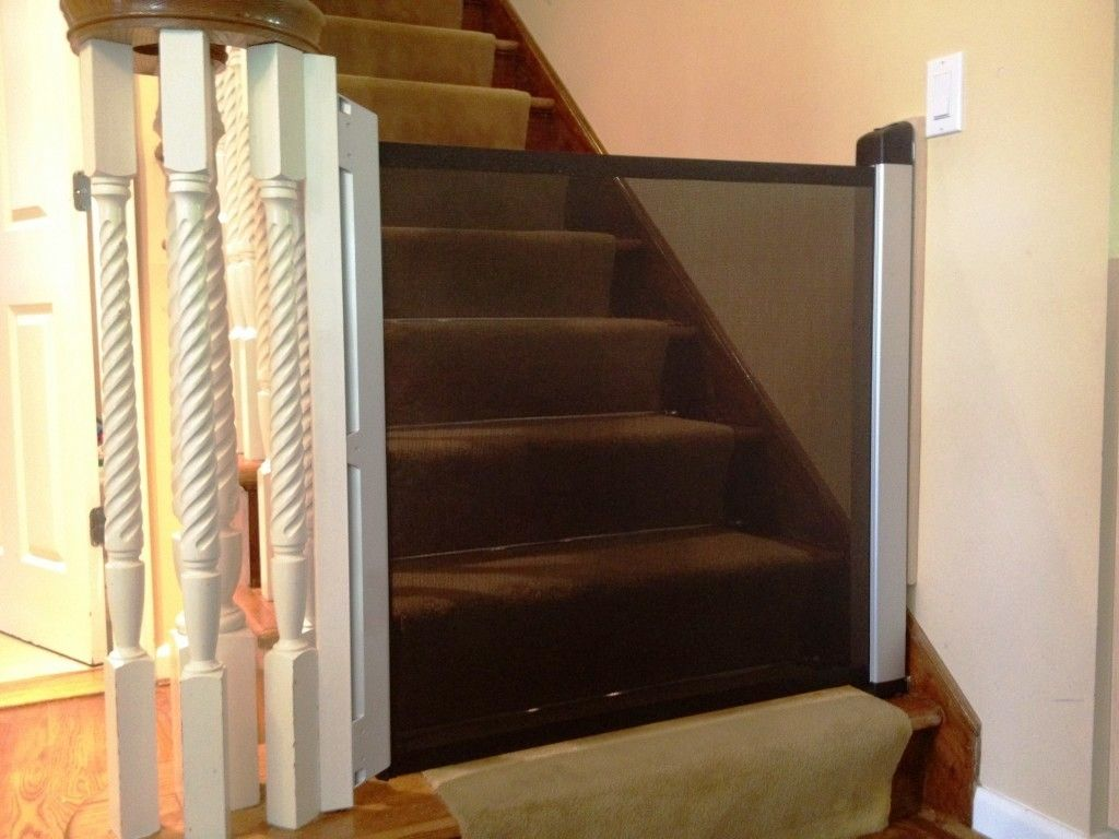 Image Of: Best Baby Gates For Stairs With Banisters