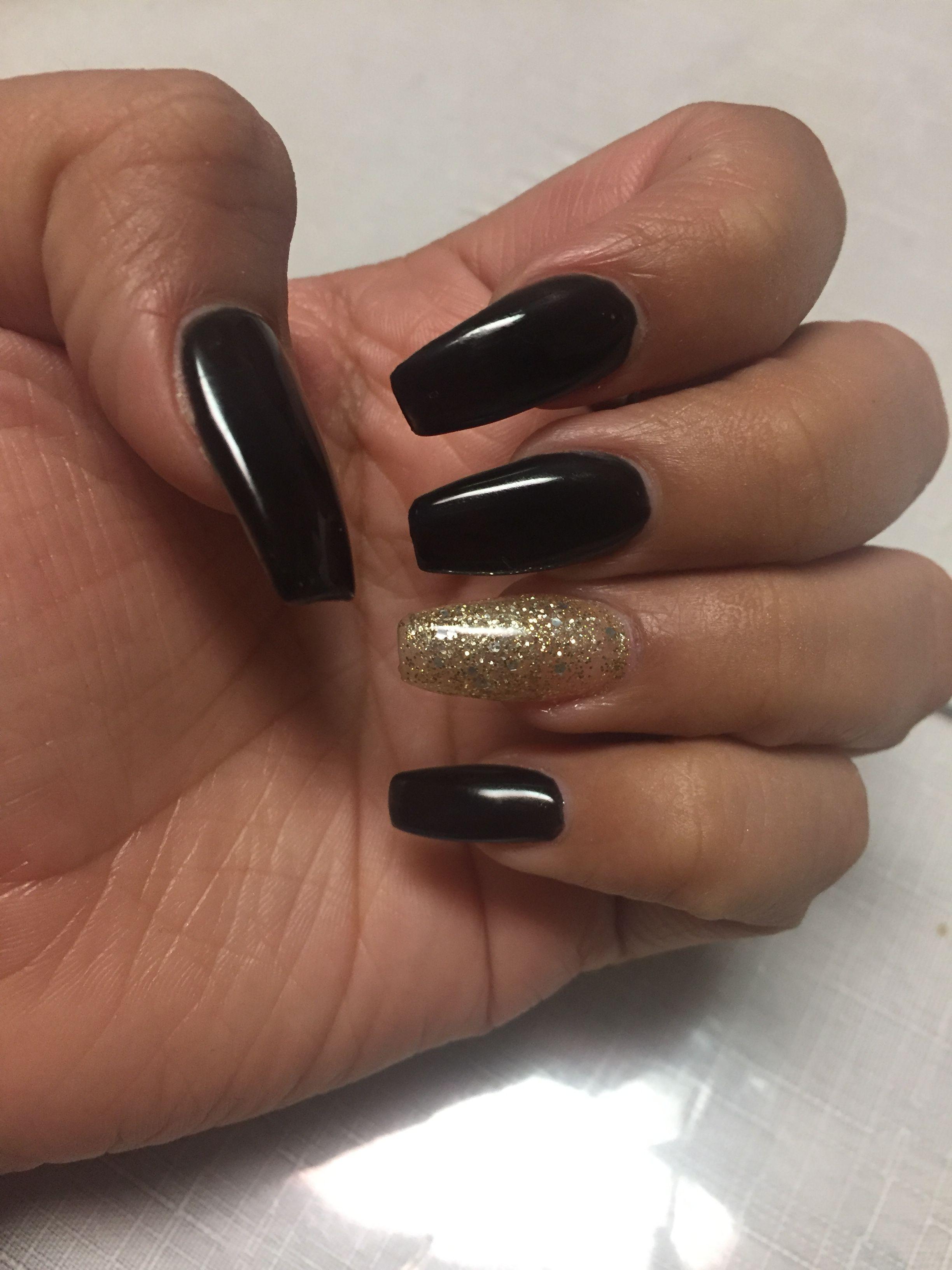 Black Gold Prom Nails Gold Acrylic Nails Black Acrylic Nails Gold Nails