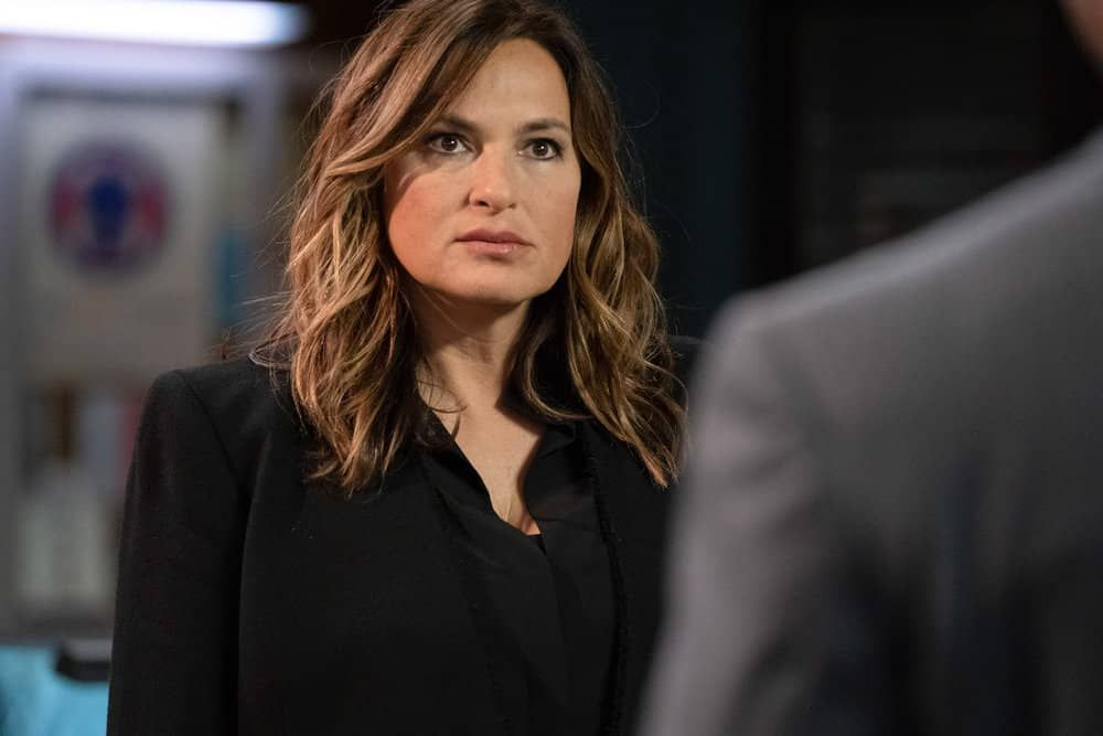 Law And Order Svu Season 22 Episode 1 Photos Guardians And Gladiators Seat42f Law And Order Law And Order Svu Special Victims Unit