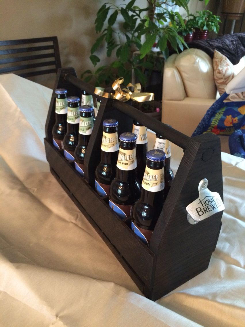 Diy Beer Carrier Why Make A Six Pack Beer Carrier When You Can Carry 12 Estantes De Vino Botellero Cajas De Madera