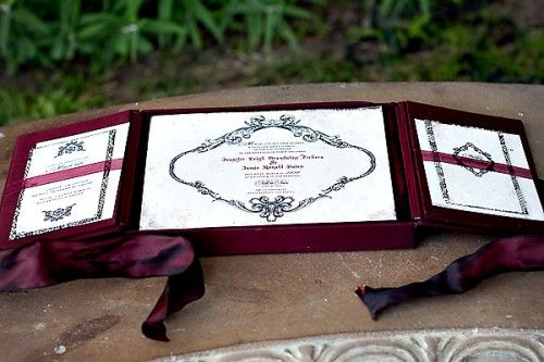 Lehr and black wedding invitations