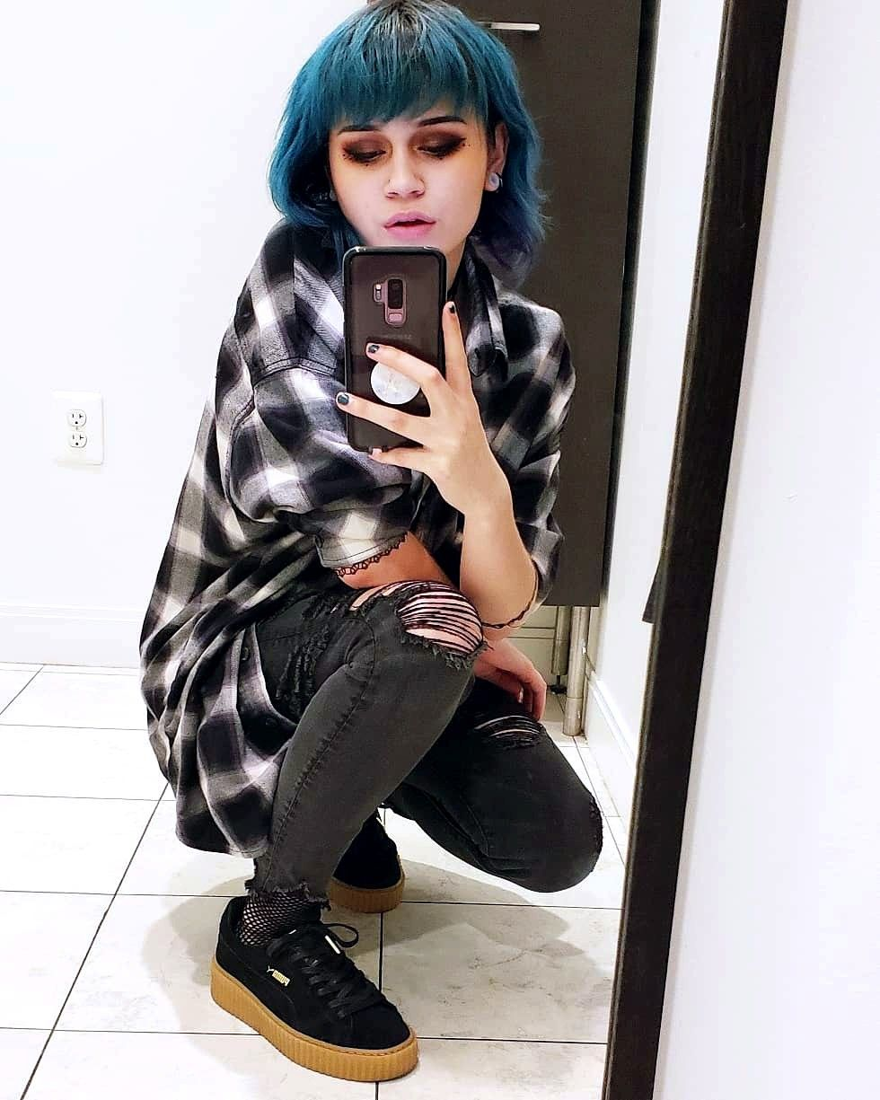 Pin by dąñï on alternative in pinterest emo kylie and emo