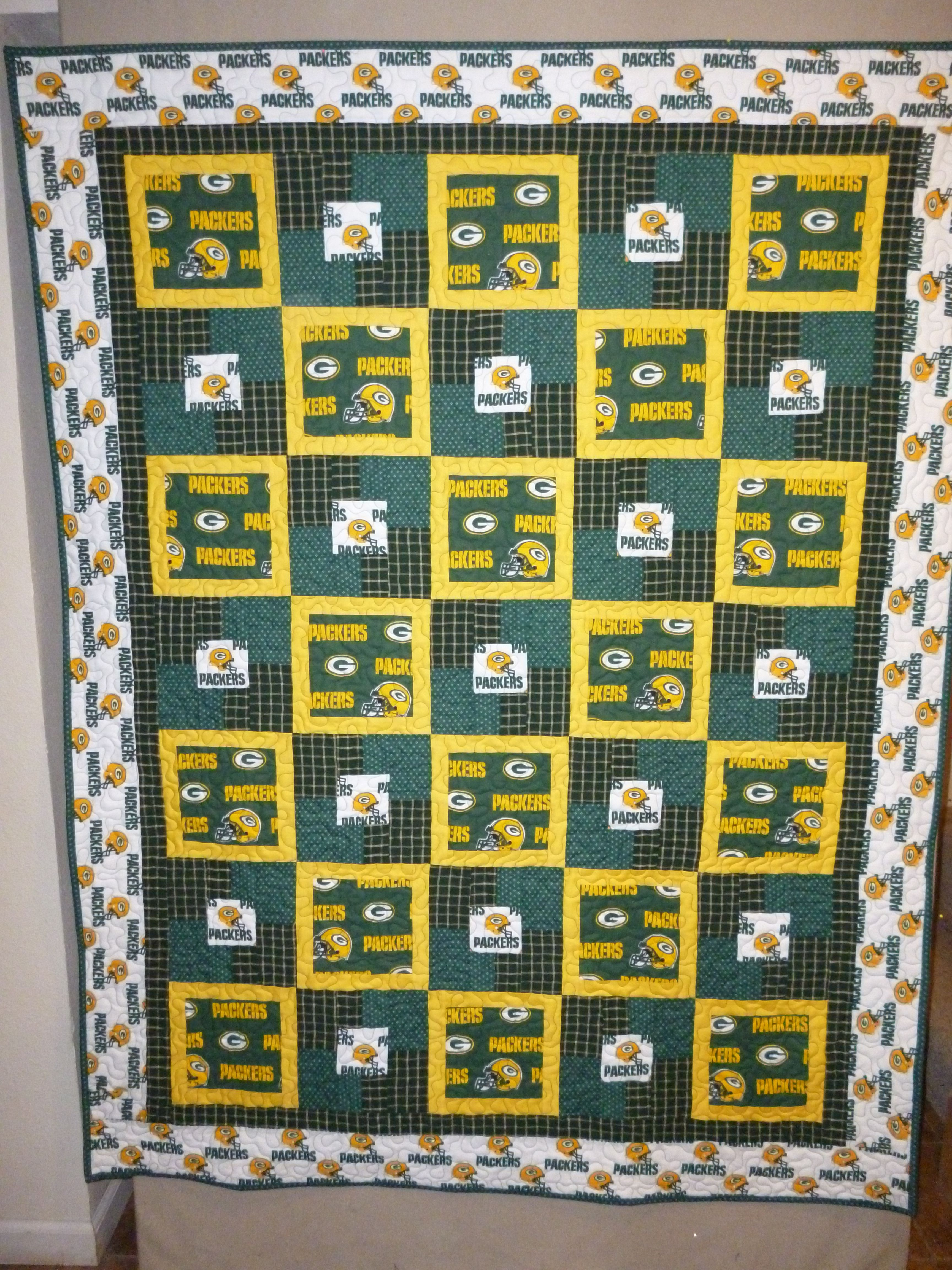 Green Bay Quilt For Coworker Sports Quilts Football Quilt Green Quilt