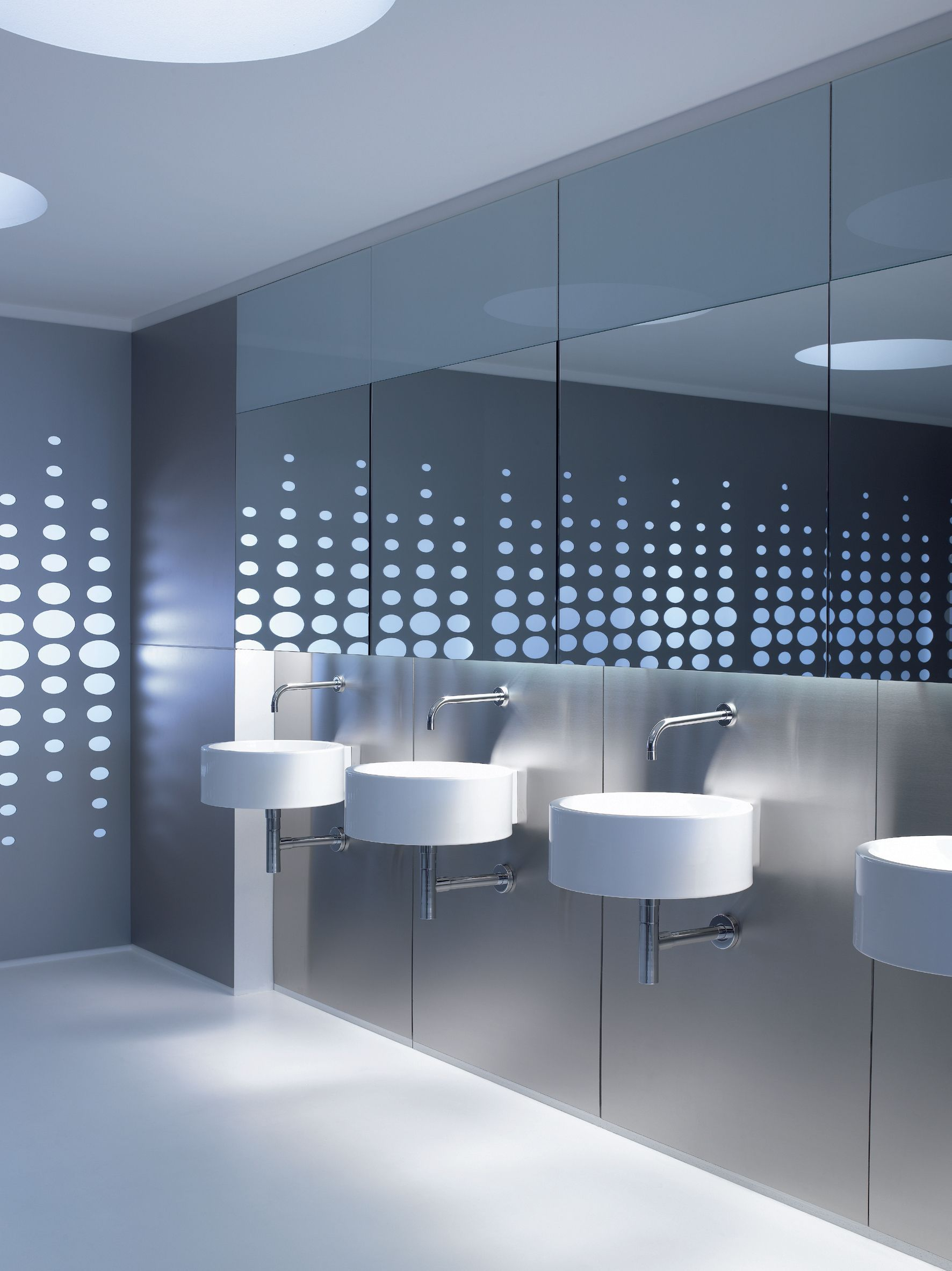 Pin De C Brewster En Commercial Restroom Design Toilet Bathroom