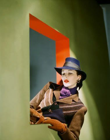 COLOUR PHOTOGRAPHS OF FASHION, 1940S, BY JOHN RAWLINGS