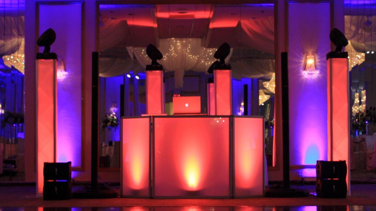 wedding at the atrium west orange nj intelligent lighting spot lights uplighting bose. Black Bedroom Furniture Sets. Home Design Ideas
