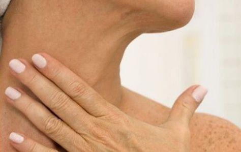 5 remedios naturales para eliminar las arrugas del cuello - Mejor con Salud