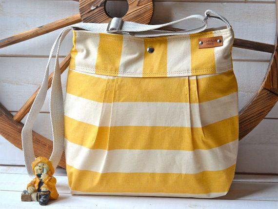 WATERPROOF Diaper bag / Shoulder Bag / Everyday Purse / von ikabags, €78.00