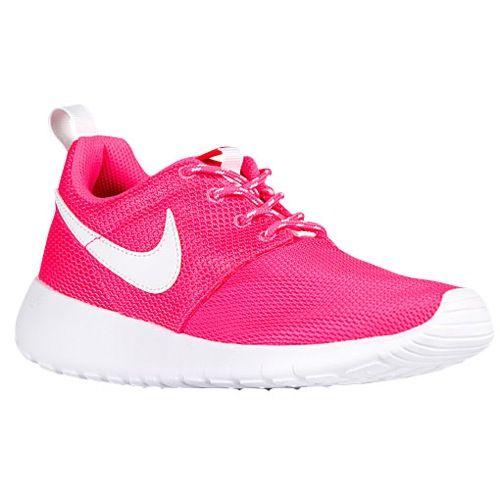 Nouvelles Nikes Pour Les Filles