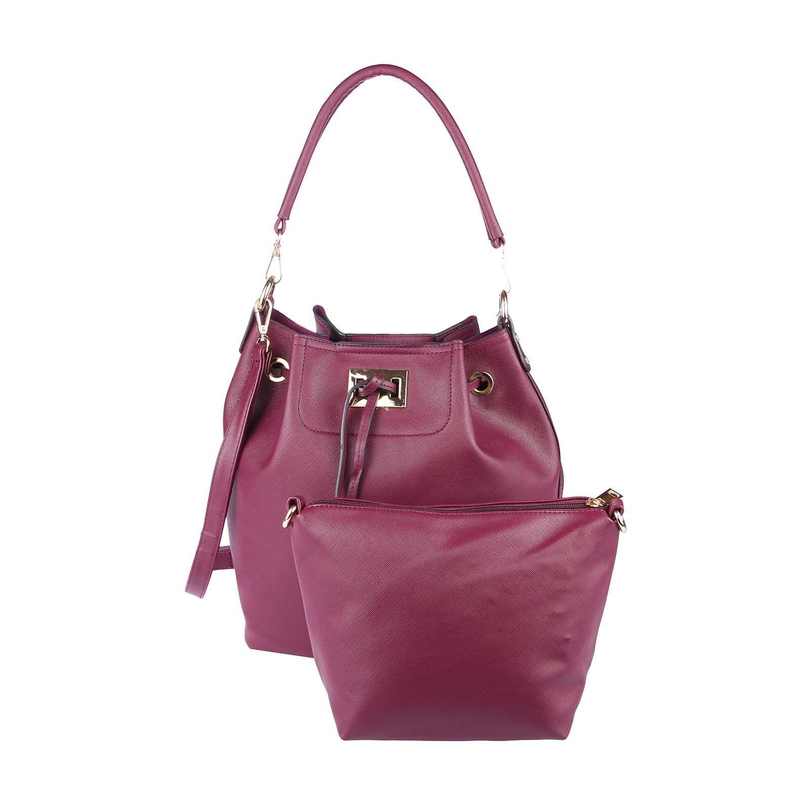 Women Bags on   Sacs hobo, Sac en bandoulière et Seaux c813a41a4d5