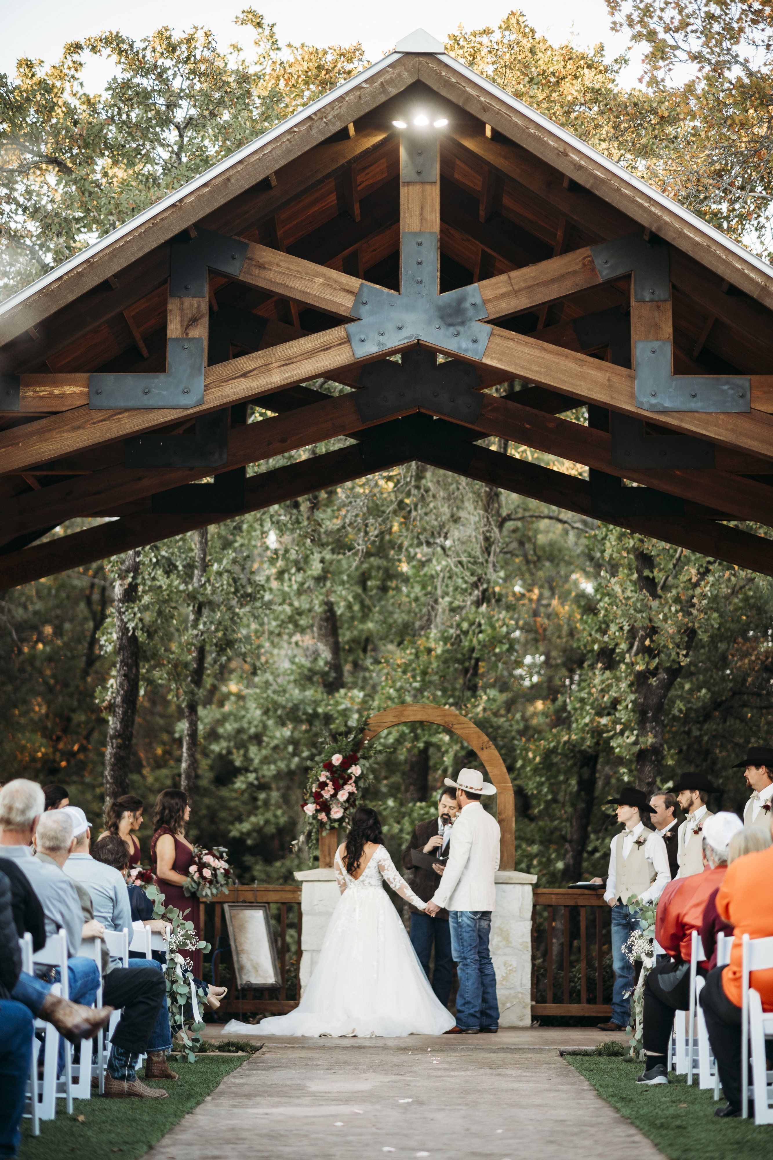 Norman Wedding Venue Springs Venue Oklahoma Wedding Venues Wedding Venues Outdoor Wedding Venues