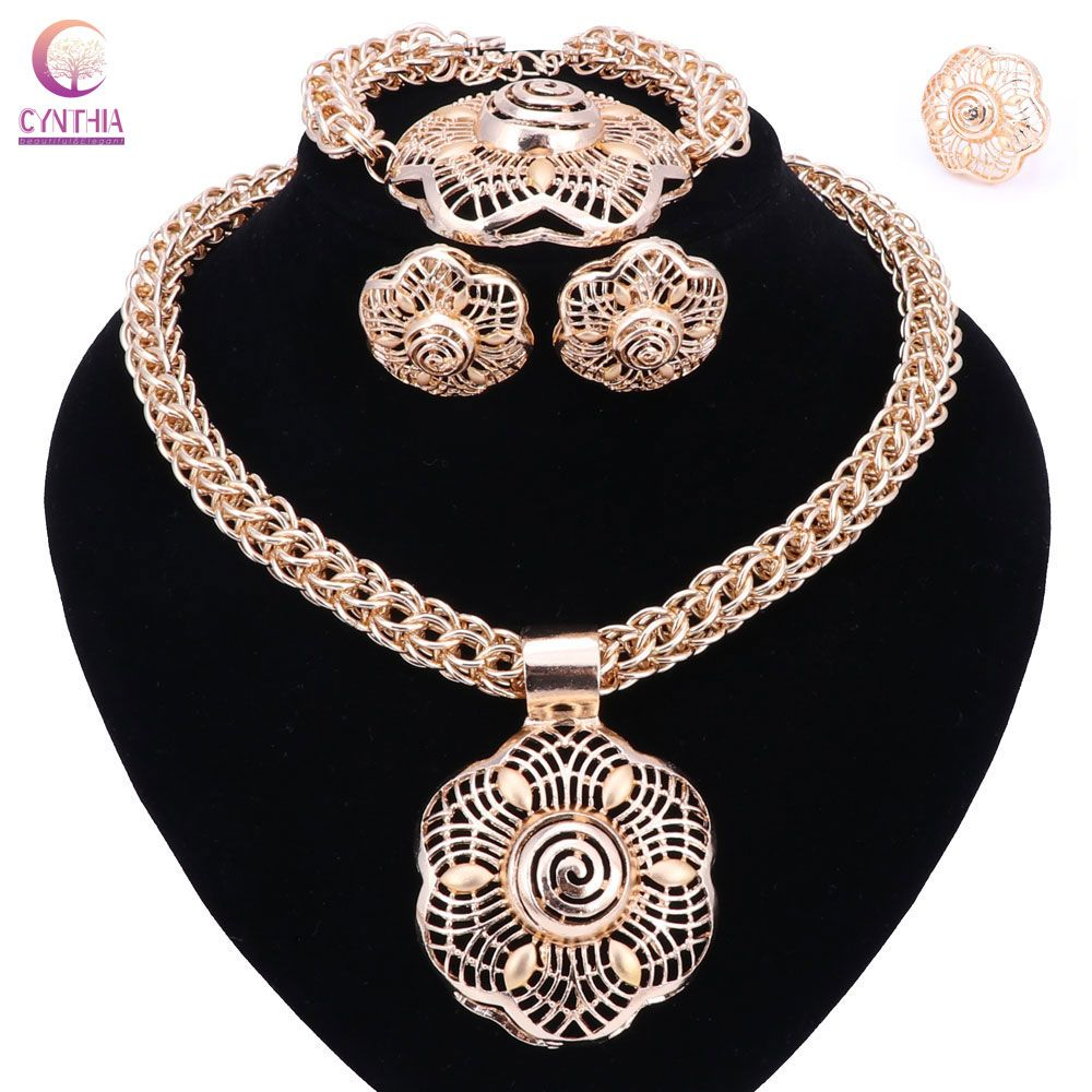 set for necklaces collections women sukkhi gold buy necklace plated temple exquisite neckace womens online jewellery sale sets