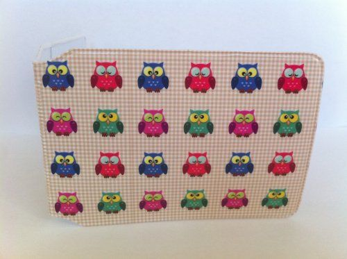 OWLS OYSTER CARD HOLDER by Oystershells, http://www.amazon.co.uk/gp/product/B006NI876C/ref=cm_sw_r_pi_alp_HJ7Mqb1JB1AW7
