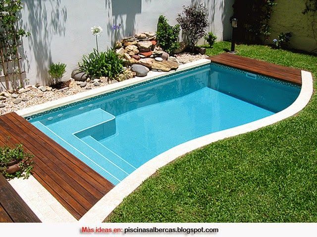 Piscinas con bordes de madera piscinas pinterest for Diseno de piscinas en espacios pequenos