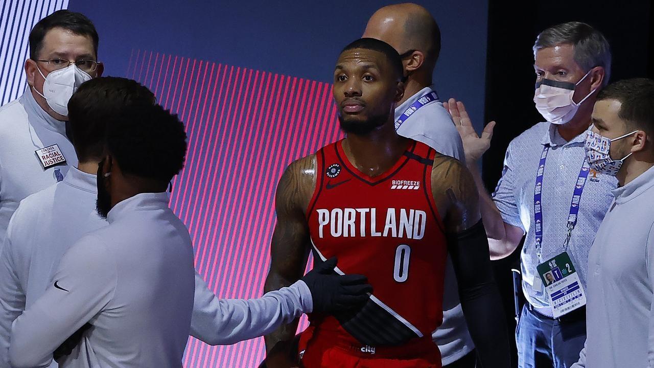 Sports Nba 2020 Playoffs La Lakers Vs Portland Trail Blazers Damian Lillard Injury Milwaukee Bucks Vs Orlando Mag In 2020 Lakers Vs La Lakers Portland Trailblazers