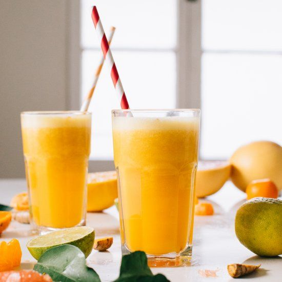 Winter citrus blends with turmeric and a kick of cayenne pepper for a warming blended juice with superfood powers.