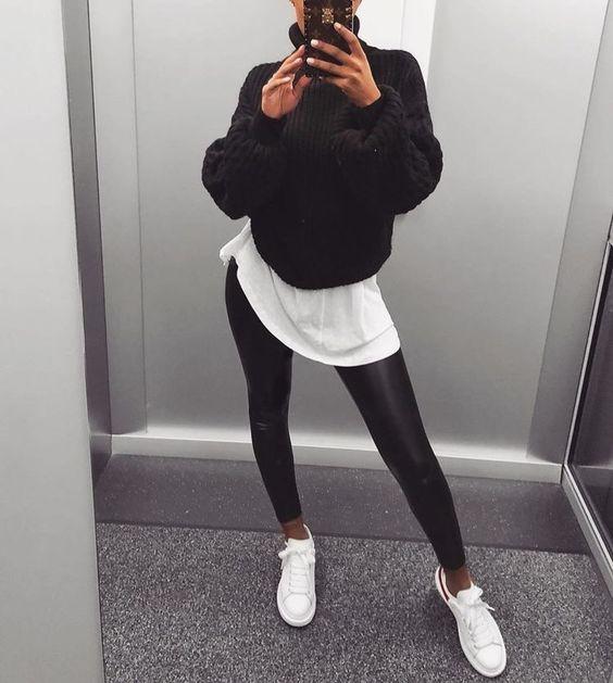 Outfits invernales que sólo tus leggings negros pueden darte